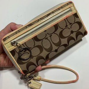 Coach long wallet/wristlet- Authentic